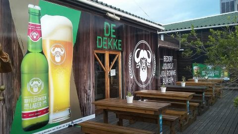 De Dekke Restaurant, Sports Bar & Entertainment Venue